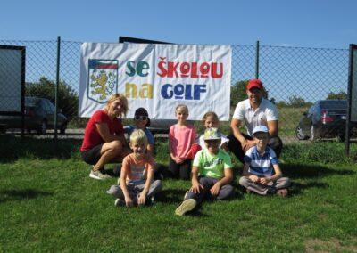 Se školou na golf